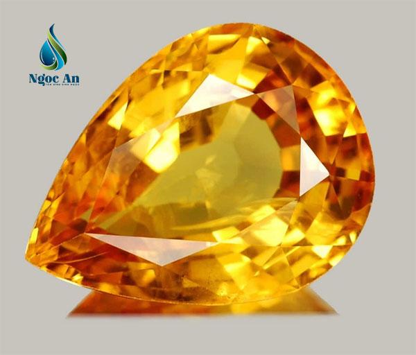 đá phong thuỷ màu vàng 2