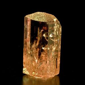Tinh thể đá topaz có màu cam vàng