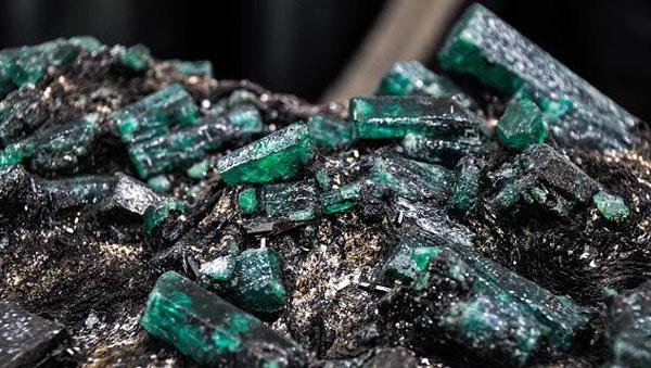 đá quý beryl
