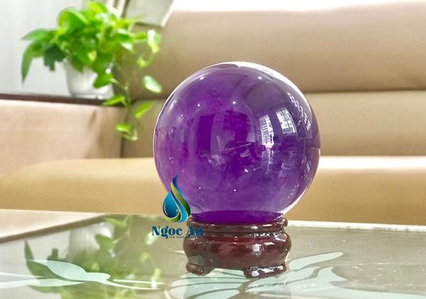 quả cầu phong thủy màu tím