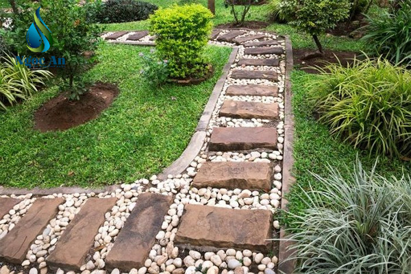 sỏi rải sân vườn