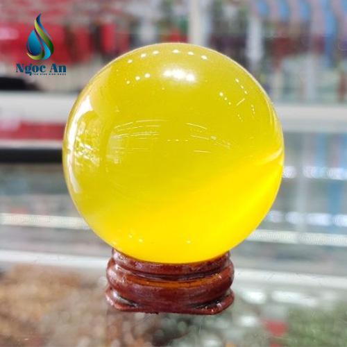 quả cầu phong thủy  màu vàng