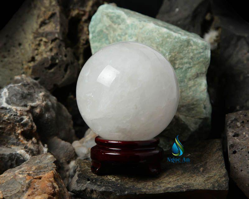 quả cầu đá phong thủy